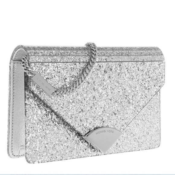 e6d7eed86e68 Michael Kors Barbara Envelope Clutch - silver. M_5c98c040de6f6211039508de.  Other Bags ...